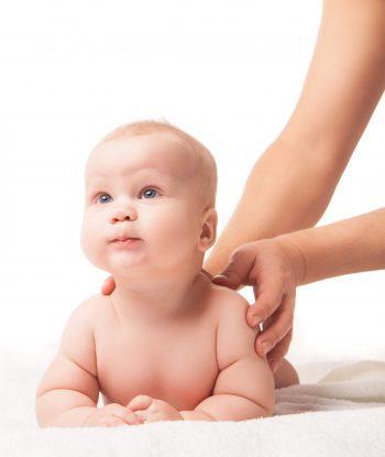 Curso de Massagem para o bebé cólicas